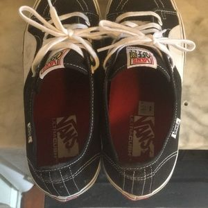 Vans Shoes - Vans AV Classics Size 12